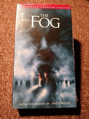 The Fog (VHS) SEALED 2005 unrated, widescreen OOP.  Printing error format. RARE!