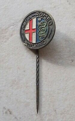 ALFA ROMEO Badge Vintage Pins Auto Automobile Italie ancien 1960s