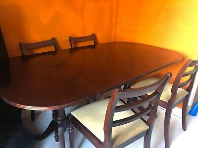 Antique Mahogany Dining Table with 6 Chairs