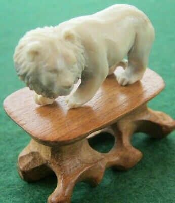Sweet Hand Carved Statue Of A Lion On Wooden Stand In Deer Bone Antler