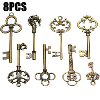 8Pcs Large Vintage Antique Royal Skeleton Key Pendant Old Look Jewelry Decor