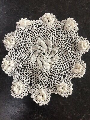 G Vintage Crochet Lace Dressing Table Place Mat Tray Cloth Runner Doily Doilies
