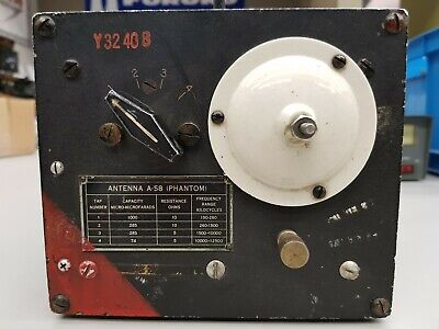 Signal Corps U.S. Army Antenna A-58 (Phantom), Made By Wells Gardner & Co