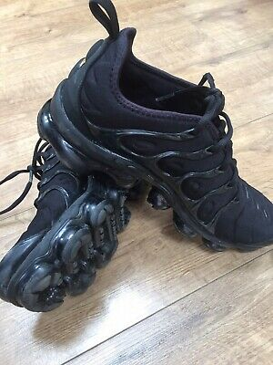 free shipping 2e1c7 30702 NIKE AIR VAPOURMAX Plus Nike Vm Triple Black U.K. Size UK 7.5 EUR42