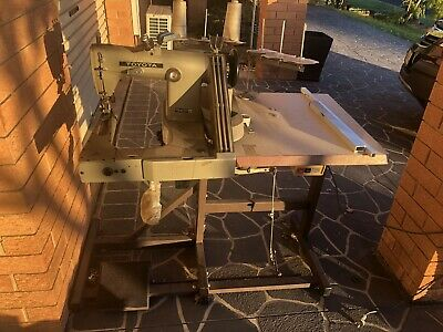 Industrial sewing Machine Feeder Off The Arm