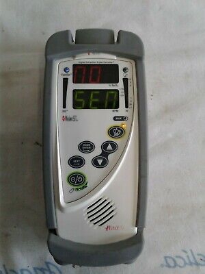 Masimo Rad-5 Handheld Pulse Oximeter with Rubber Case - Working Condition