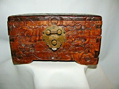 Wooden Hand Cutting  Box With  Ornate  Relief  / Bracket And Hinged  Lids