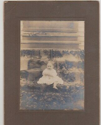 Antique Cabinet Card-Barefoot Baby On Carpeted Steps- With Kitty Cat Bodyguard