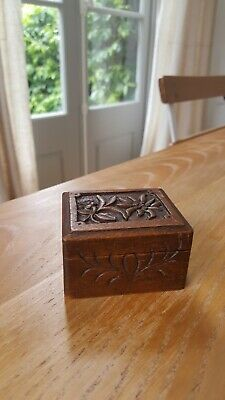 Antique Continental SMALL VINTAGE  CARVED Edelweiss WOODEN Stamp BOX