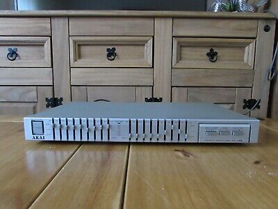 Akai EA-A22  Silver Stereo 9 Band Graphic Equalizer