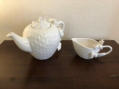 Grace's Teaware Strawberry Teapot & Creamer Cup Sculpted Strawberries & Leaves