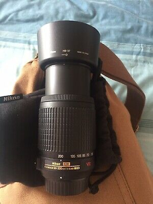 Genuine Nikon AF-S Nikkor DX 55-200mm F4-5.6 G ED VR  Incl. Caps Hood and Pouch