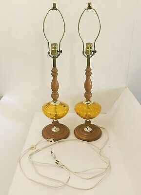 Mid Century Wood And Amber Glass Lamp Vintage By Leviton Tested And Working