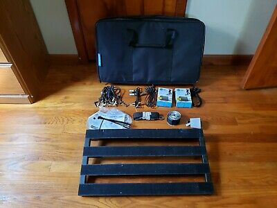 Pedaltrain Classic 2 Pedalboard with Softcase, & Extra Goodies!