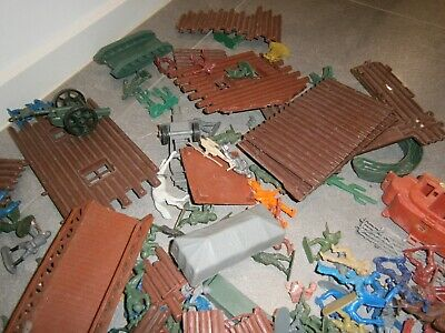 Vintage Army Fort Pieces Inc Army Men, Cowboys, Indians, Teepees - 30 Years Old