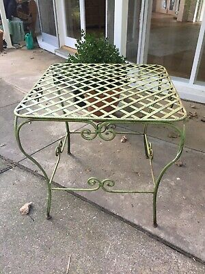 Wrought iron vintage garden table. 80x80x80