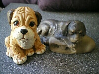 2 dog ornaments, both in good condition, will be well packaged