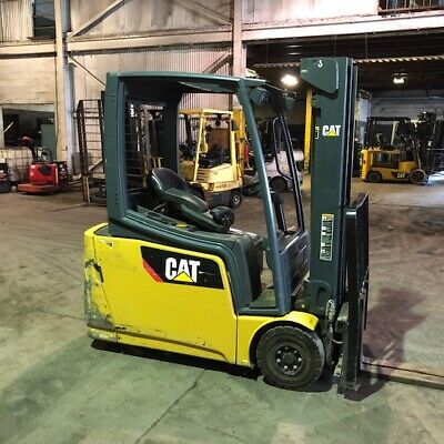 CATERPILLAR NOR30 ELECTRIC Forklift Order Picker 3000lbs