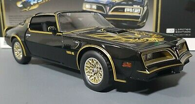 1/18 Smokey And The Bandit Trams Am Movie Car New In Box Made By Greenlight