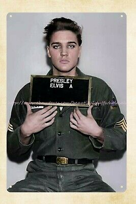 ARMY PRIVATE ELVIS PRESLEY SIGNS AUTOGRAPHS IN GERMANY AB982 8X10 PHOTO