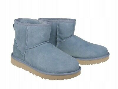 1bed7d4788e GENUINE UGG CLASSIC Mini Navy Blue Suede Sheepskin Boots UK 4.5 ...