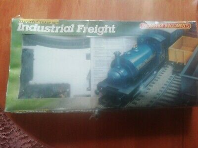 Scalextric industrial freight set R. 672