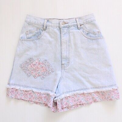 Vintage 80's 90's Light Blue Wash Denim Floral Print High-waisted Shorts S 25 26