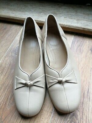 Hotter Cream Heel Shoes Size 3