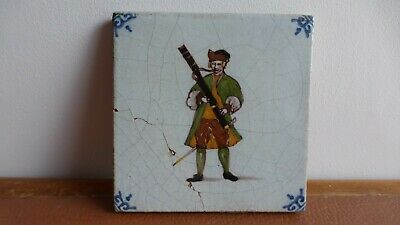 Antique polychrome Dutch Delft tile Ancien carreau polychrome Delft.Musician.. 8