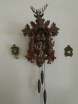 Anton Schneider Black Forest Hunter 1-Day Cuckoo Clock Elk Buck Dancers Music