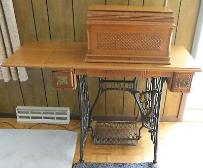 1896 Singer treadle sewing machine no. 27, Egyptian Sphinx, oak puzzle box