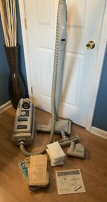 Vintage Electrolux Epic Series 6500 Sr Canister!! Ex Condition!!