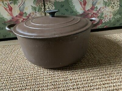 VINTAGE LE CREUSET 4.5 QT Cast Iron Enamel Brown Dutch Oven Model E France GOOD!