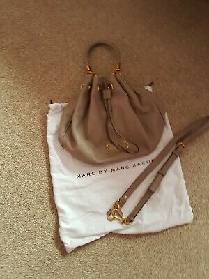 Marc Jacobs Grey Pebble Leather Hobo Handbag