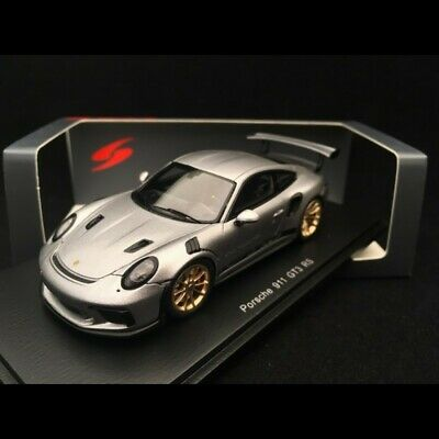 1:18 SPARK PORSCHE 911 991 GT3 RS. Silver. Brand new with