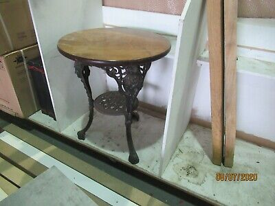 Traditional Victorian cast iron pub table. GOOD DETAIL ON CAST IRON