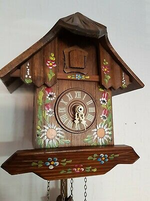 STUNNING  BLACK FOREST CUCKOO CLOCK /switch off/  Fully  serviced  !!Very  clean