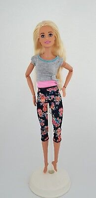 Barbie Made to move 22 joints blonde hair floral FTG81