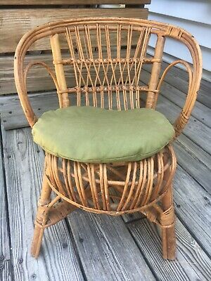 Childs Vintage/retro 1960S Rattan / Wicker Chair  20Th Century Design
