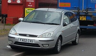 Ford Focus 1.6i  Ghia 5dr Mot till March, Runs well,