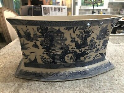 Large Antique Chinese Blue and White Footed  Planter, 19th century