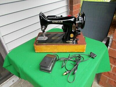 Vgt Singer 99K Portable Sewing Machine Original,To Box And Attachments