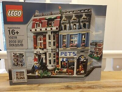 LEGO Creator Pet Shop 10218 Modular Retired, New and sealed, free postage!