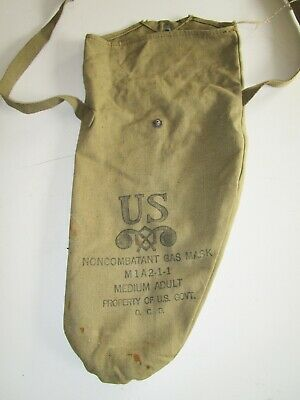 Vintage WWII U.S. Army M1A2 Non-Combatant Gas Mask Carry Bag field gear