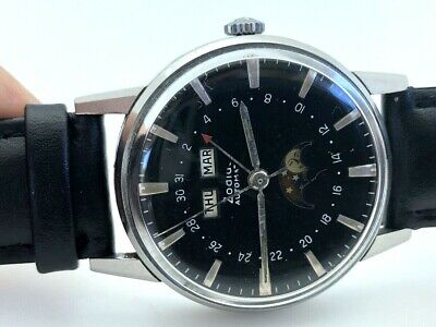 VINTAGE ZODIAC TRIPLE Date Calendar Moon Phase 34 6Mm Gold Plated