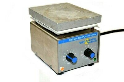"VWR Scientific 220 Mini Hot Plate Stirrer 33918-603 (Platform Size: 5.5 x 4.25"")"