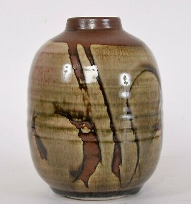 Walter Dexter RCA Studio Pottery Vase Canadian Listed 1931-2015 6 inches tall