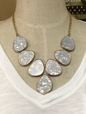 """Charming Charlie Gold Tone Frosted White Faux Stone Design 22"""""""