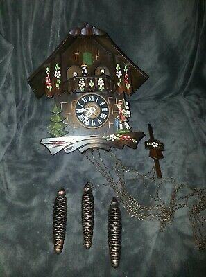 Vintage Musical It's a small World Cuckoo Clock Edelweiss, Swiss Musical movemen