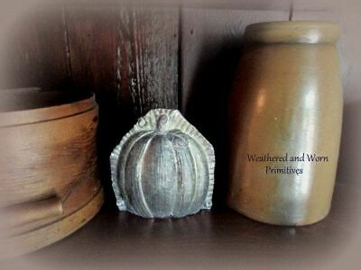 "Primitive Country Resin Faux Pumpkin Fall Halloween Chocolate Mold 6/"" W x 8/"" T"